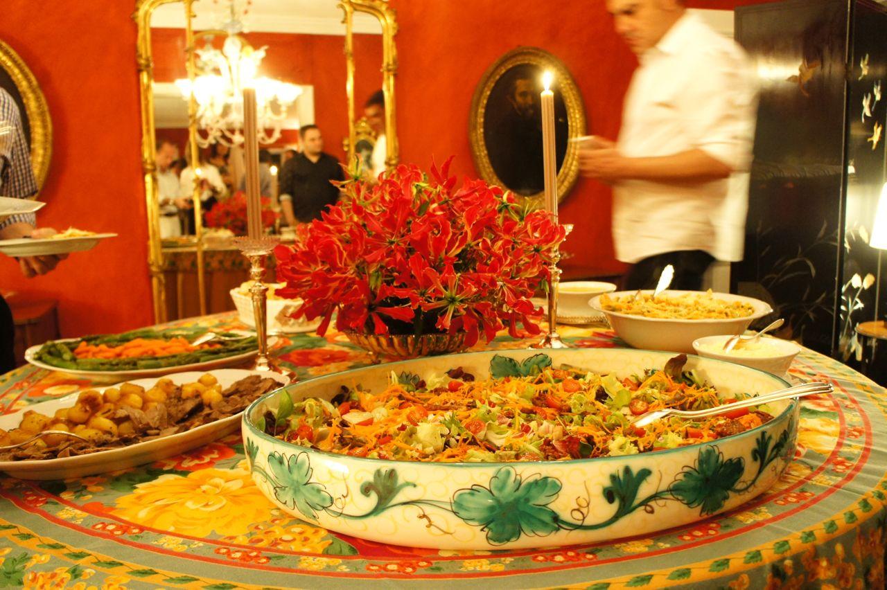Dicas de sexta feira festinha for Servir comida