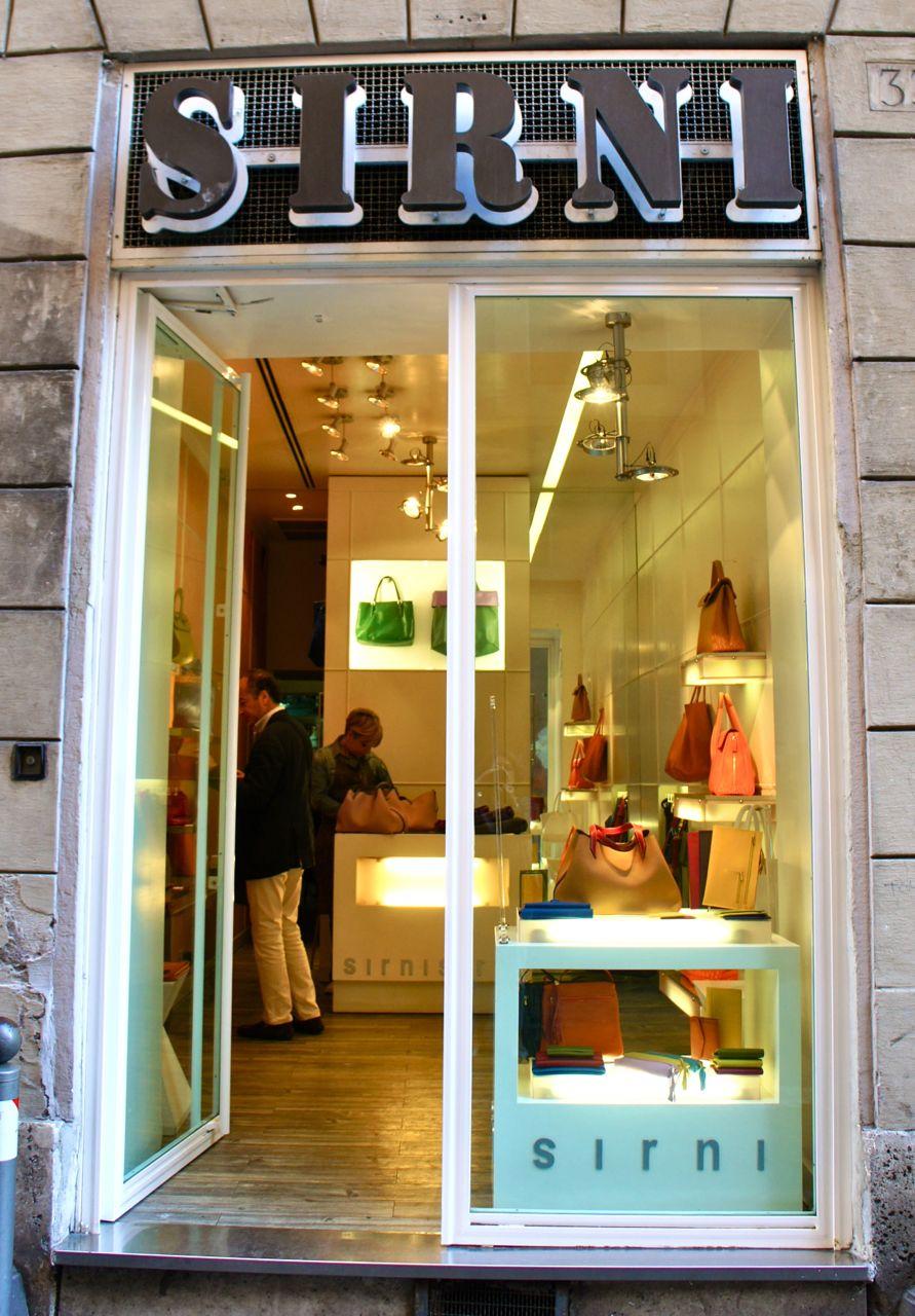 Sirni: dica de bolsas em Roma