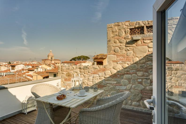 beautiful-terrace-serragli-1
