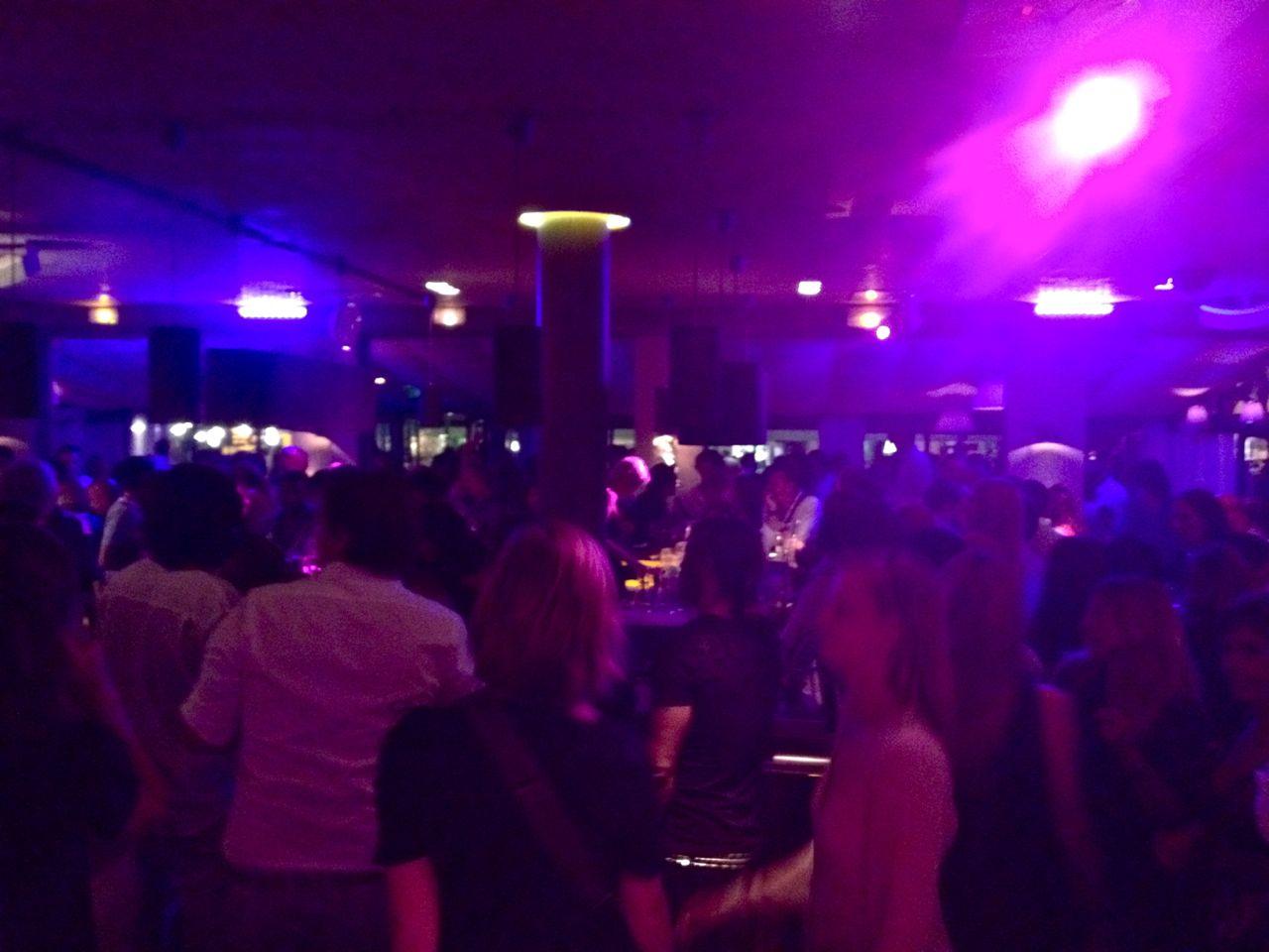 St. Tropez: o que gosto de fazer. Capítulo 2: apartamentos e restaurantes e night!