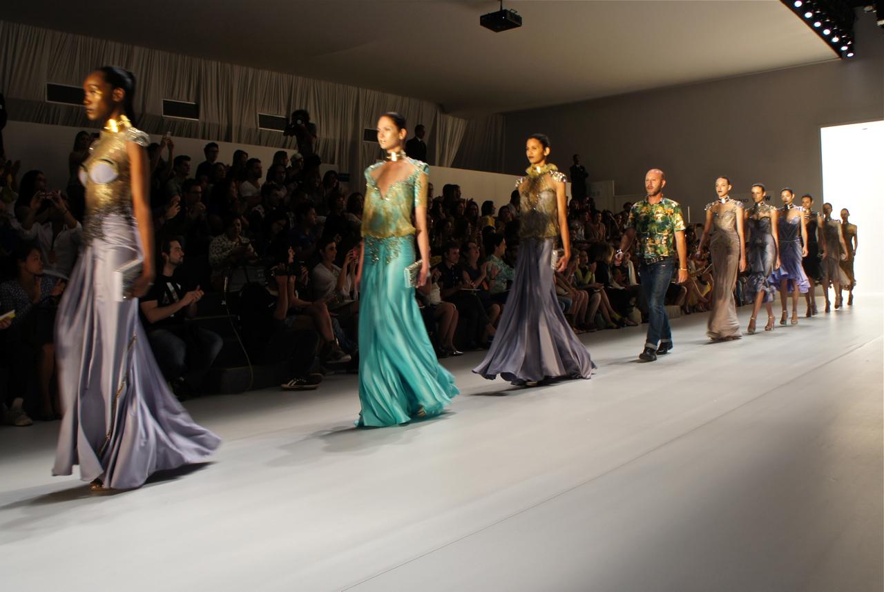 Dica de modelagem no site da Santaconstancia: vestidos de festa