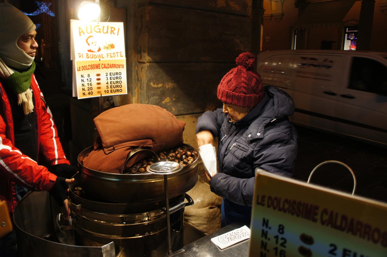 E para se esquentar, castanhas torradas...quem gosta? Para mim representa o inverno...o gostoso do inverno!