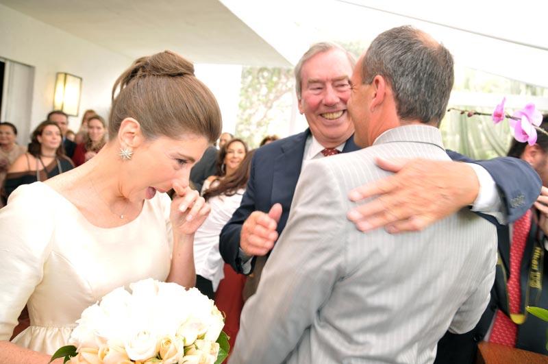 Achei lindo o momento que meu pai passou a mão da Alessandra em casamento ao Carlos.