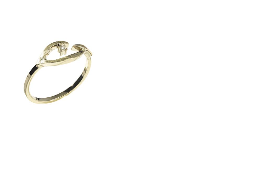 PÁSSARO - Anel de ouro amarelo texturizado com detalhe de diamante