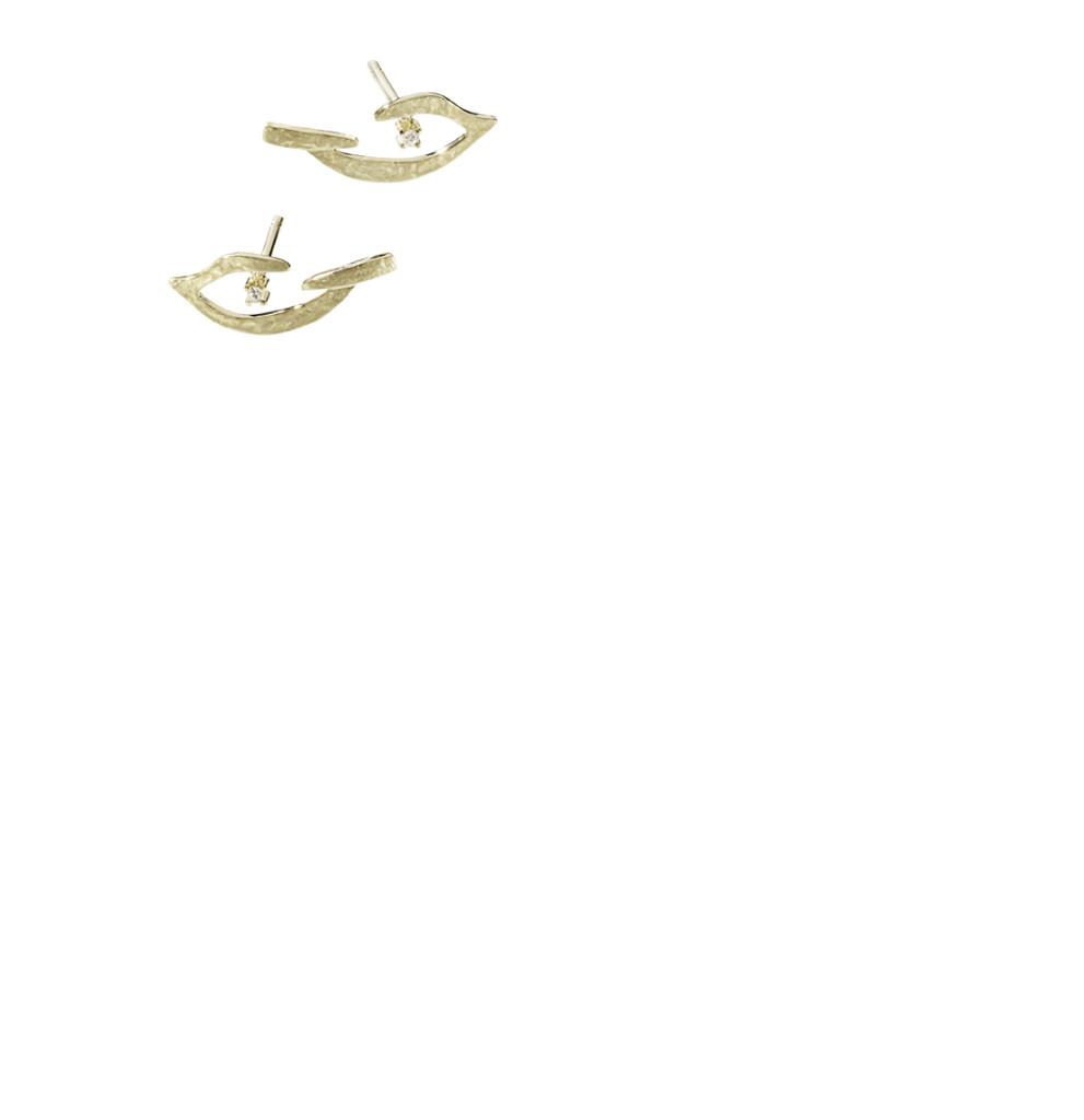 PÁSSARO - Brincos Pássaro de ouro amarelo texturizado com detalhes de diamantes