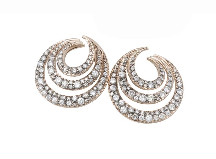 Brincos Mya Maris de ouro rosé com diamantes, combinação perfeita!!