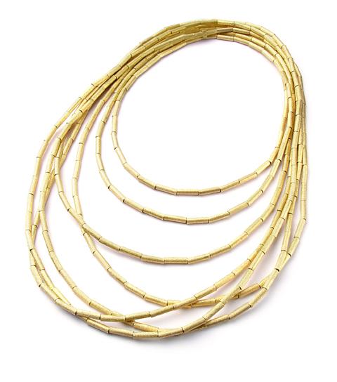 Colar fluid gold de ouro amarelo. Existe em três tamanhos e duas cores de ouro. É a peça que mais amo, e uso da H.Stern!!