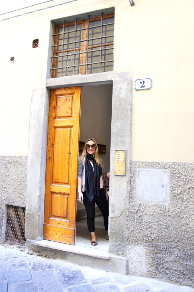 A Ana, uma das proprietárias do Florence Apartments
