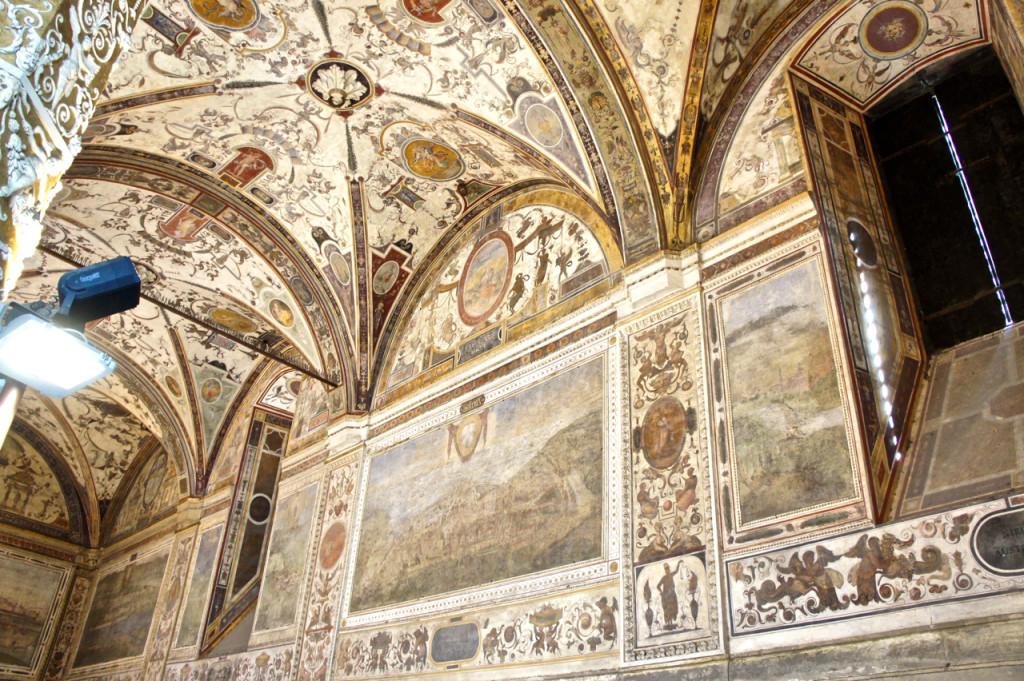 Afrescos no pátio interno do Pallazzo Vecchio