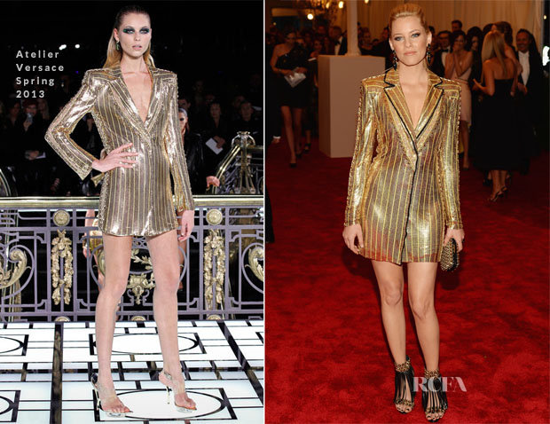 Elizabeth Banks em Atelier Versace