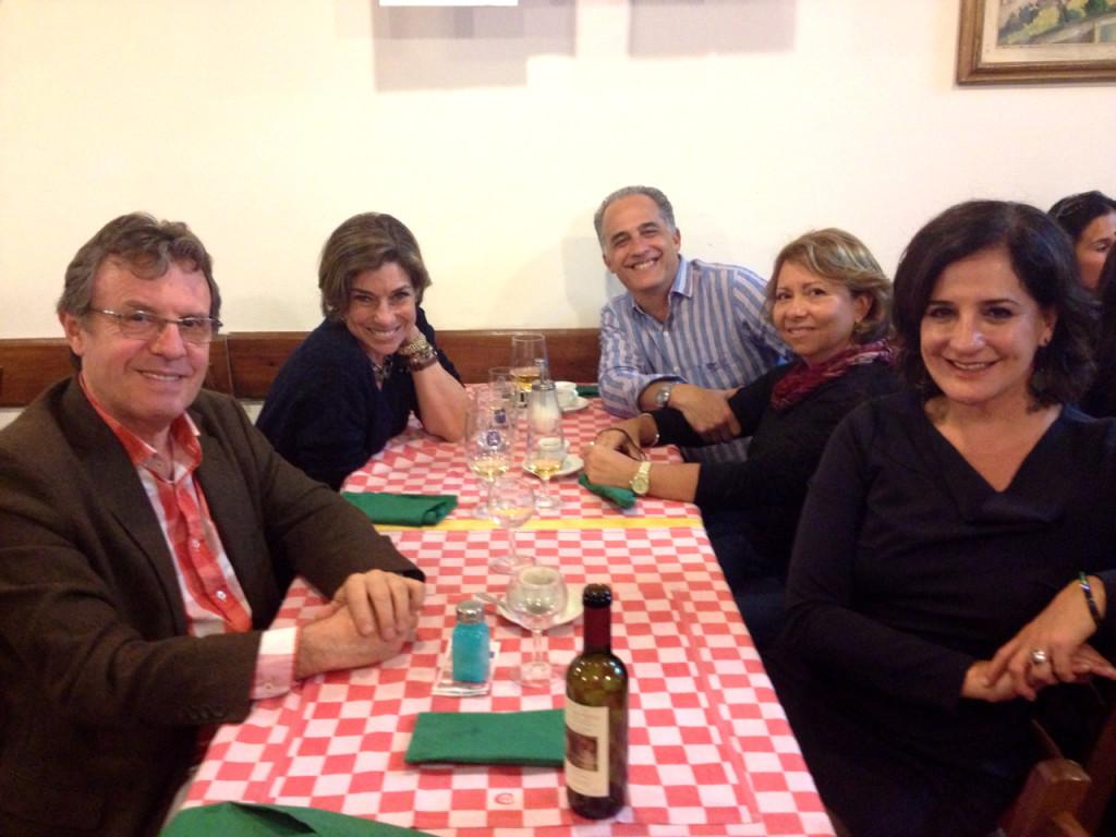 Levamos Monica Waldvogel com seu marido, irmão e cunhada para conhecer o Rocco!...