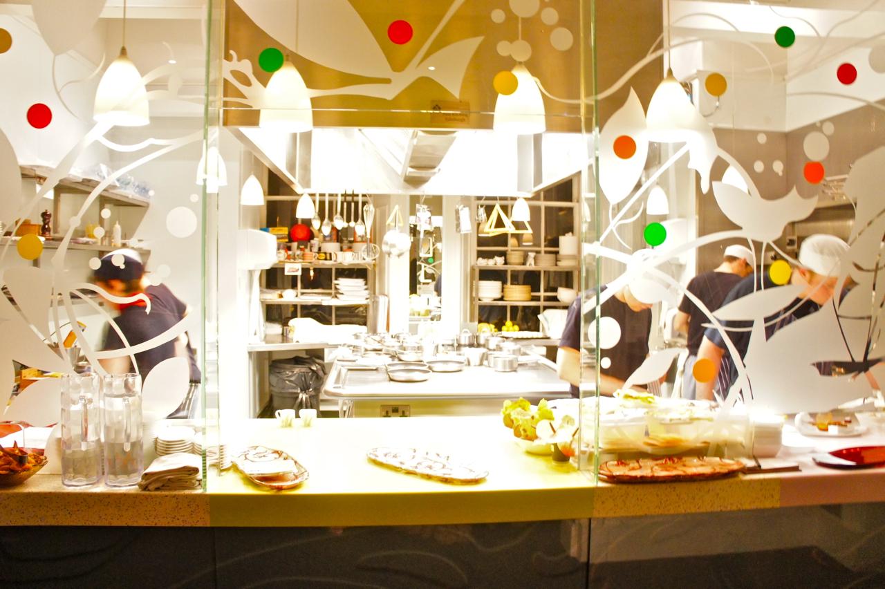 Escócia: Edimburgo 21212, restaurante 1 estrela Michelin com quartos.