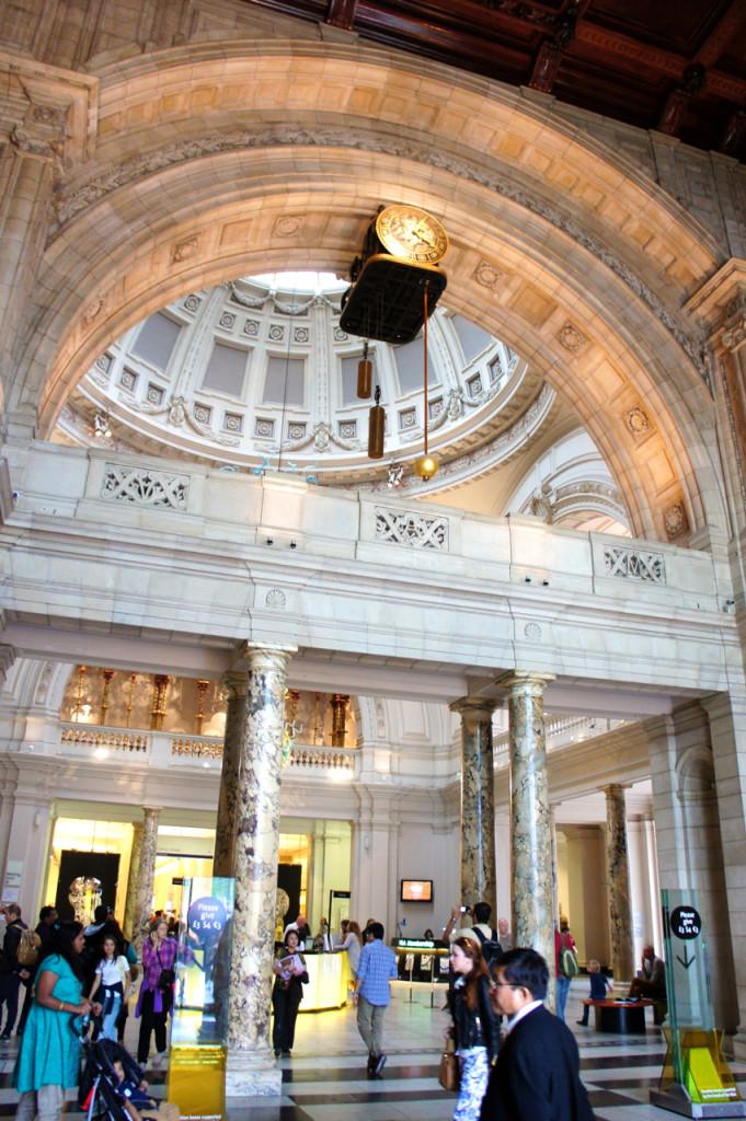 O Victoria & Albert Museum