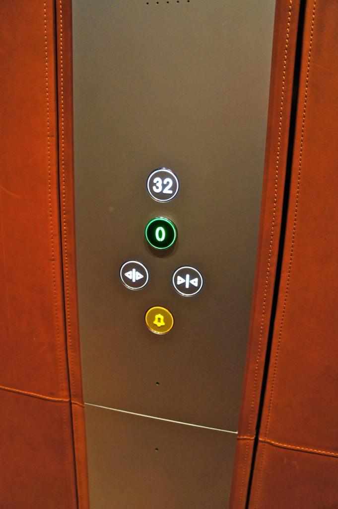 Só tem um botão...