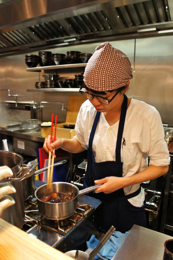 Um dos Udon chefs!