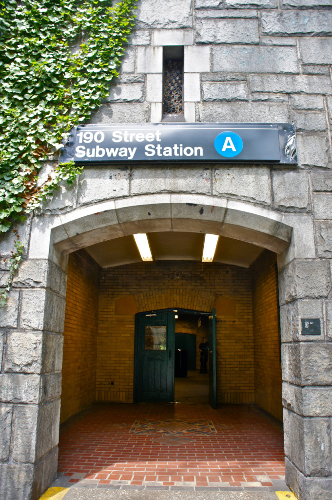 Desce-se na 190 St. Station