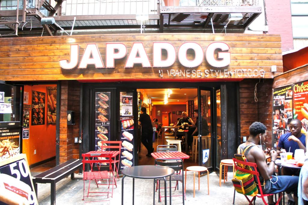 E restaurantes orientais, inclusive engraçados!!