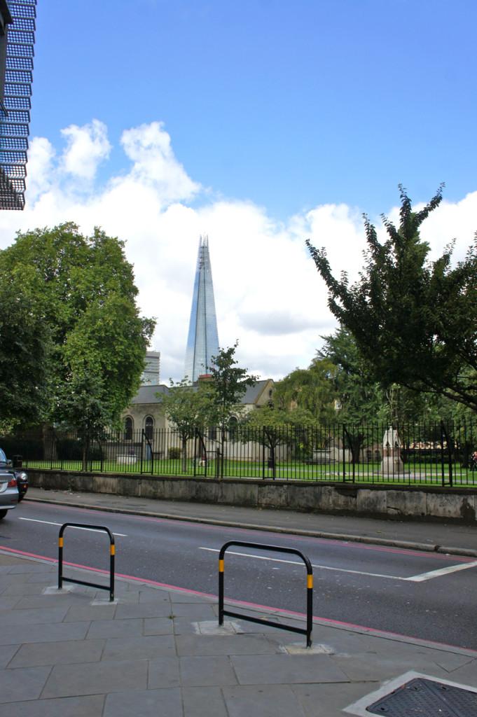 Fomos até o leste de Londres, em Bermondsey na sexta para ver o mercado.