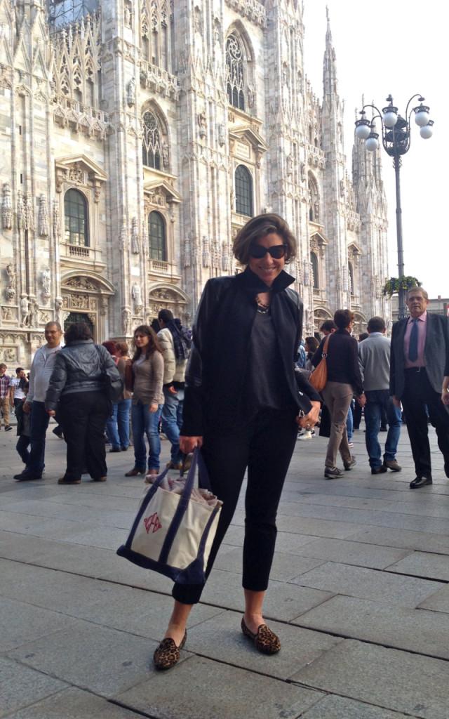 Fomos a Milão ver Bruno Mars!! Meu look Rock'n' Roll: Casaco Alcaçuz, óculos Livo para Alcaçuz, t-shirt Acne, bolsa Mercerie, sapato Pretty Ballerina
