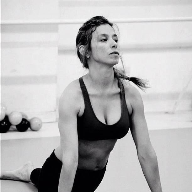 Jaqueline pratica ioga há anos!