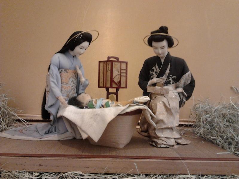 Por Chris Ayrosa, de seda, palha e papel de arroz. O meu preferido! Achei lindo!!