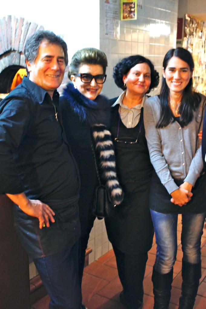 Costanza com Rocco e sua família!