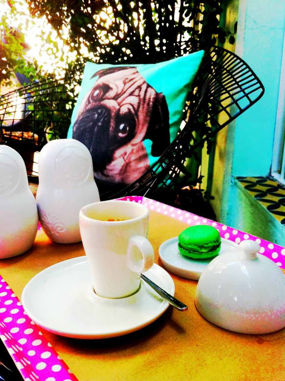 Folie! Meu chá das 5 é aqui... Café, macarrons e gelatos deliciosos! Rua Cristiano Viana, 295