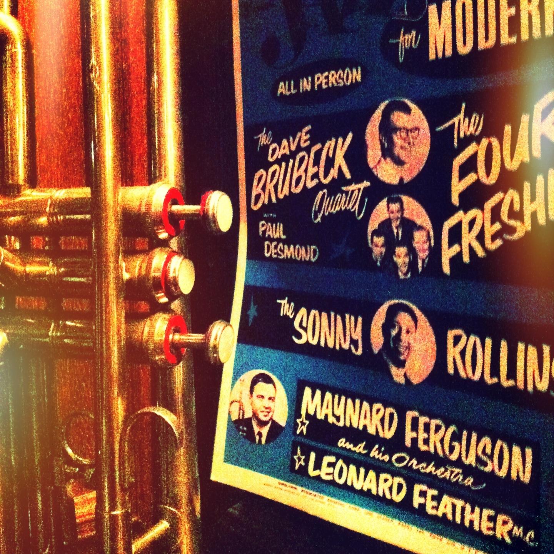 Le Jazz Brasserie! Adoro. Originalmente, na Rua dos Pinheiros, 254; agora também na Rua Dr. Melo Alves, 734