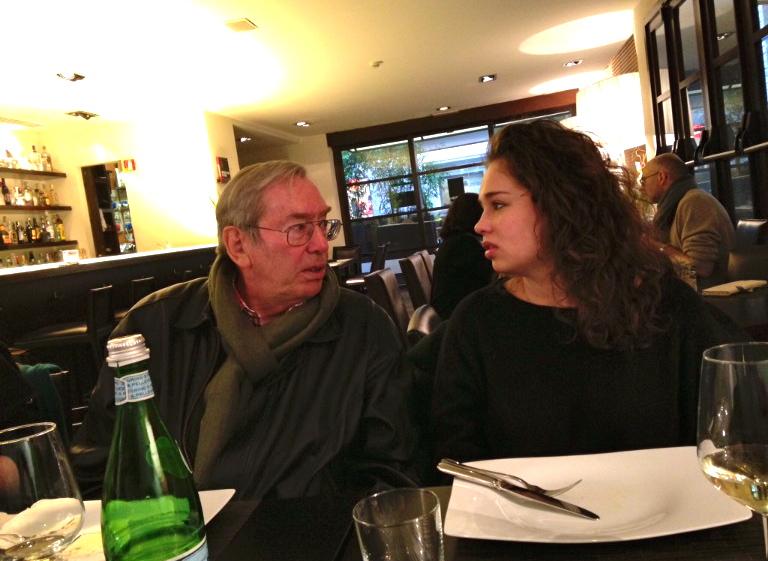Testemunhar o maravilhosa cumplicidade avô/neta de Roberto e Allegra.
