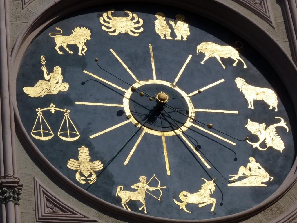 Mais uma imagem do esplendoroso relógio zodiacal de Messina.