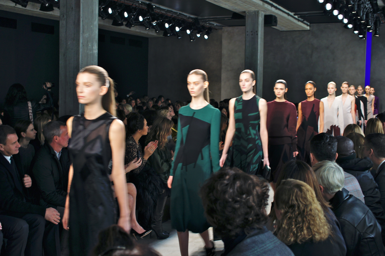 O 4º dia da semana de moda de Milão