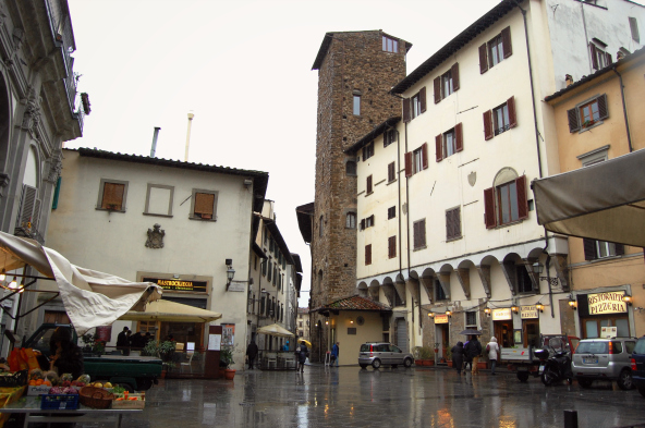 firenze_casa_torre_donati_piazza_san_piero