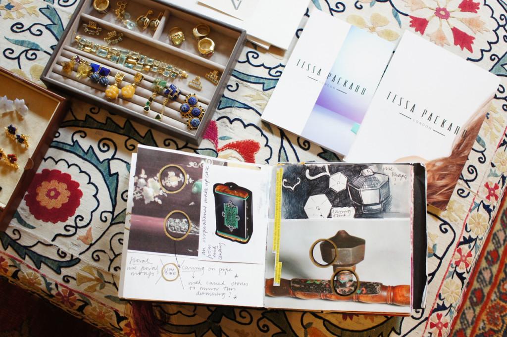 Seus lindos sketch books (pode-se vê-lo inteirinhos no site dela.  Vale a pena)...