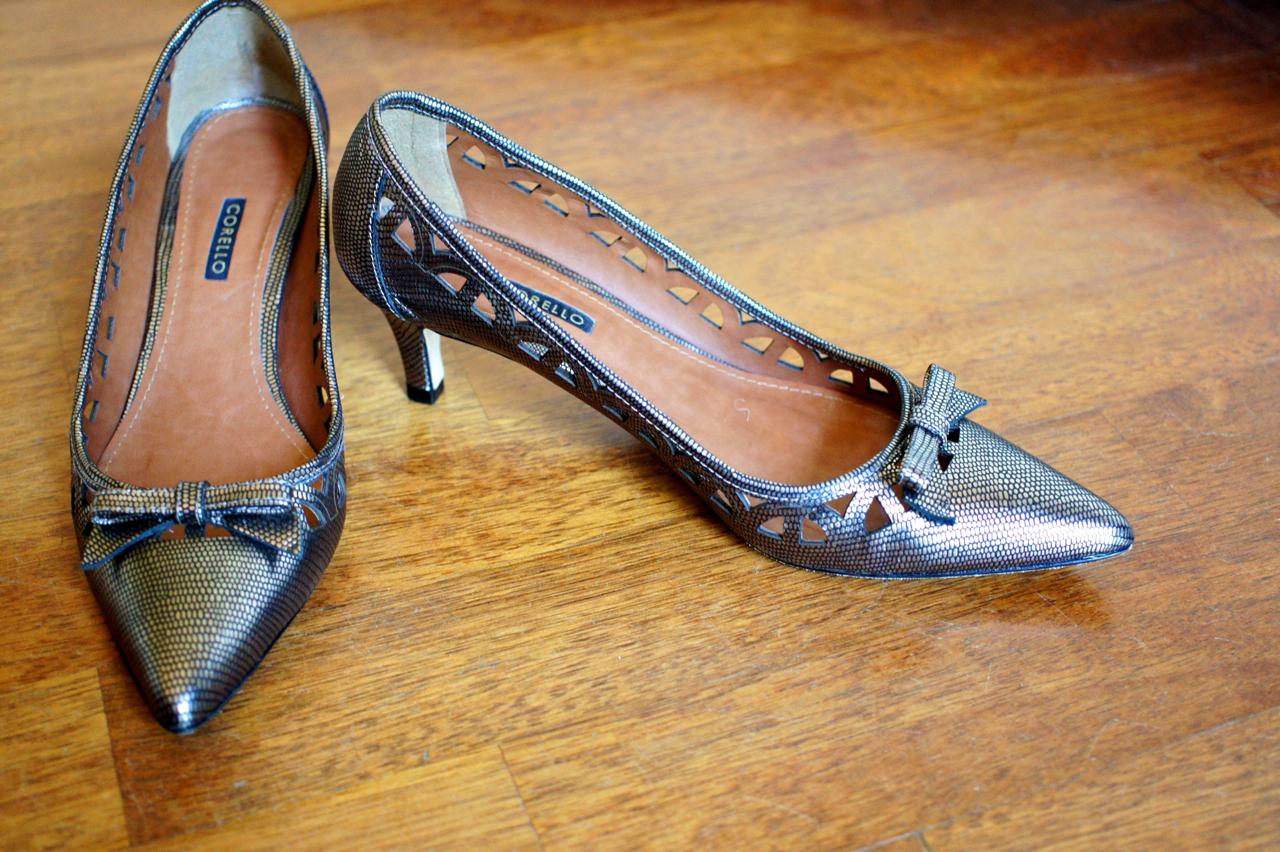 c03a1975629 AQUI para ver detalhes deste sapato na compra online da Corello.