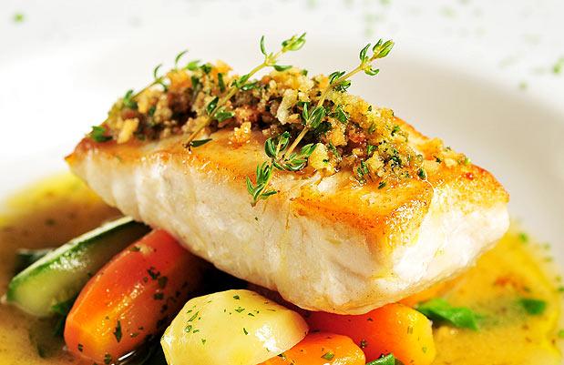 """Peixe no forno também pode ser em fatias inclusive """"al cartoccio"""" ou seja, dentro do papel de forno para manter o sabor e consistência!"""