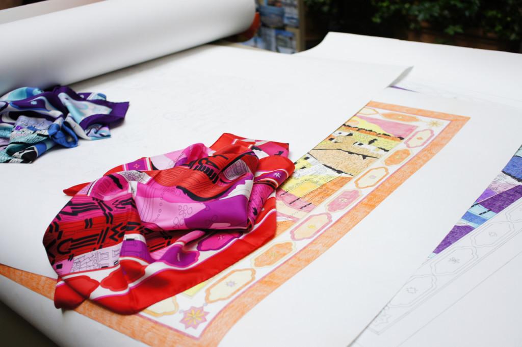 Os desenhos para o foulard que foi a origem da cobertura do Battistero.
