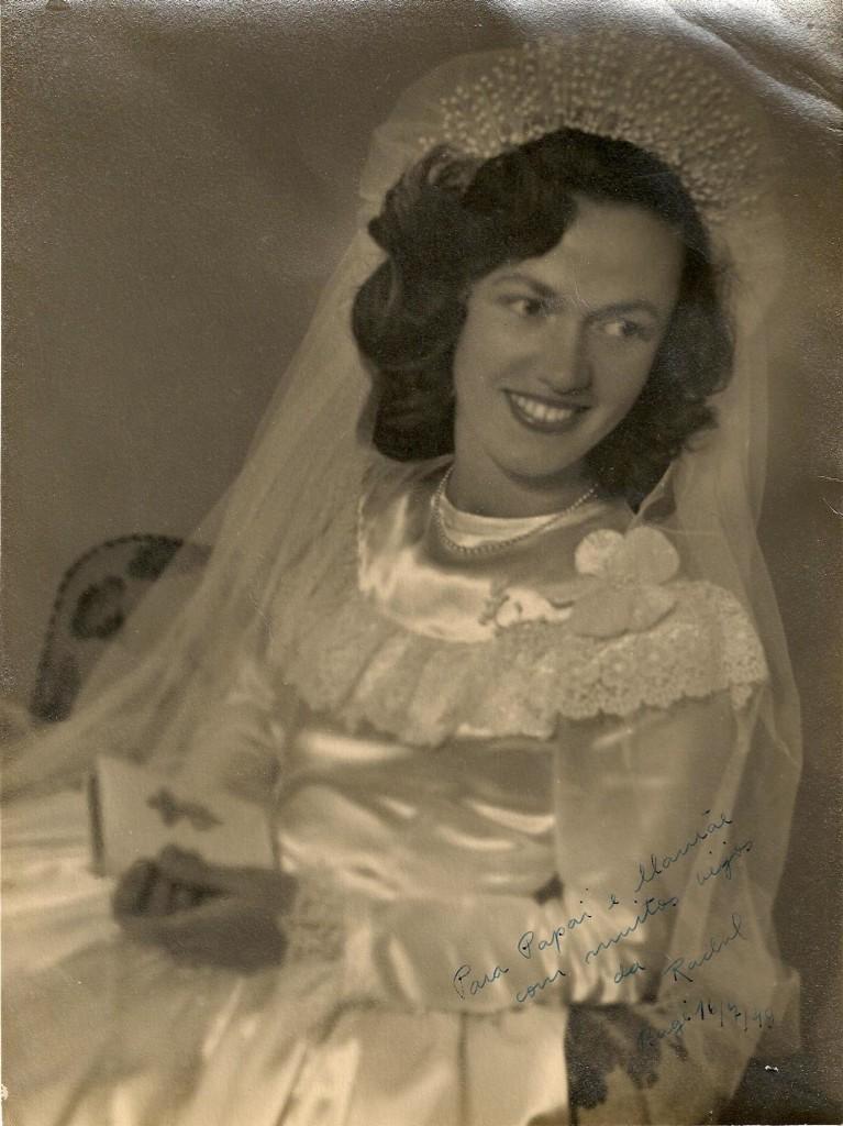 E esta é a sua mãe, também Rachel em 1924.  Heloisa só não mandou dela mesma.   Altruista!