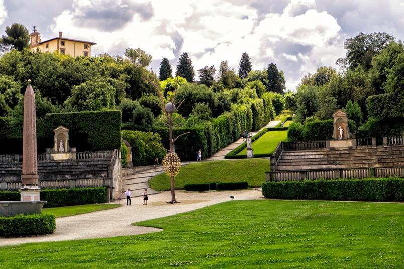 1-Fig-4-Luce-e-Ombra-Forte-di-Belvedere-C-Paolo-Frullini_gal_autore_12_col_portrait