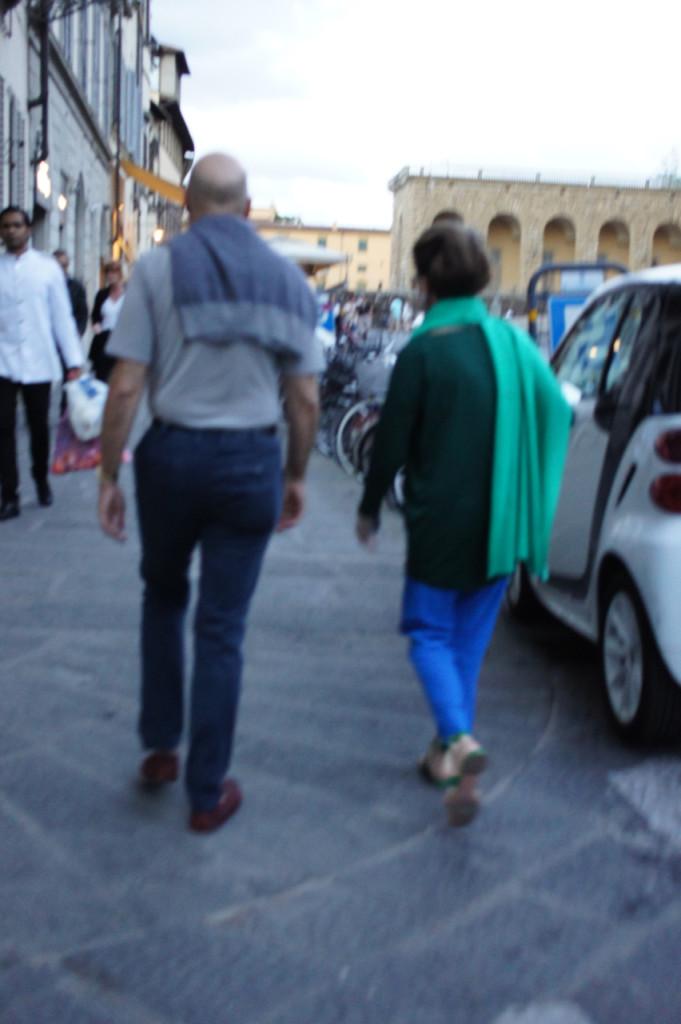 Fomos a pé ao Caffè dell'Oro que fica perto do Ponte Vecchio.