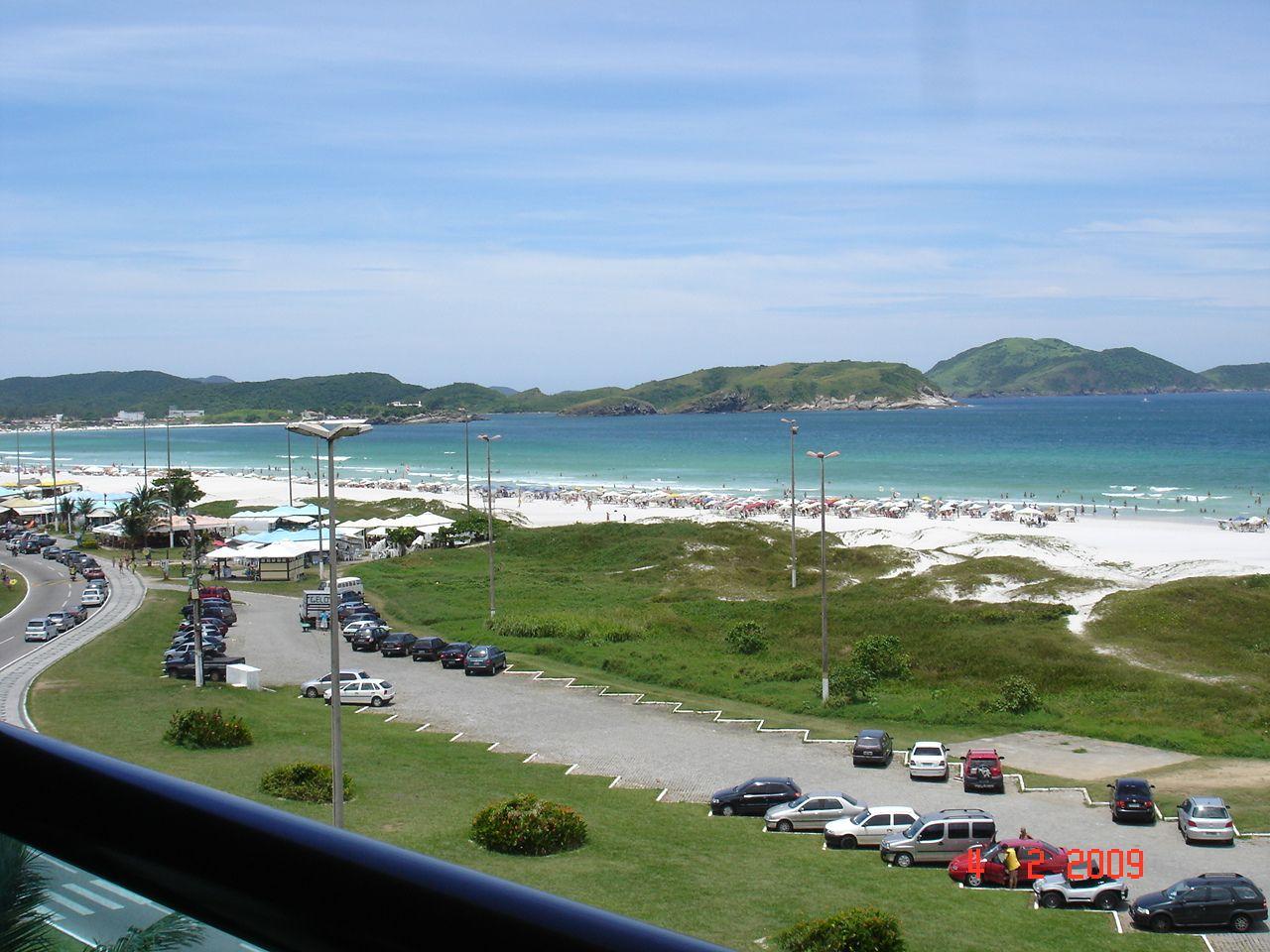 2º Férias em Cabo Frio (RJ) é o local onde o carro vai sozinho, minto, o GPS também, meus filhos amam e lá compartilhamos momentos inesquecível, como pegar a primeira onda sozinho, neste caso o meu filho Enzo. E o nascer do Sol é de tirar o fôlego