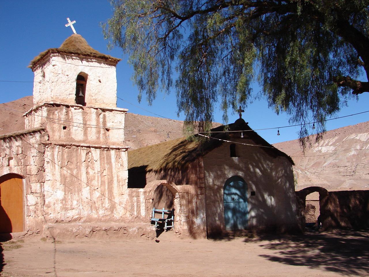 A igreja do povoado