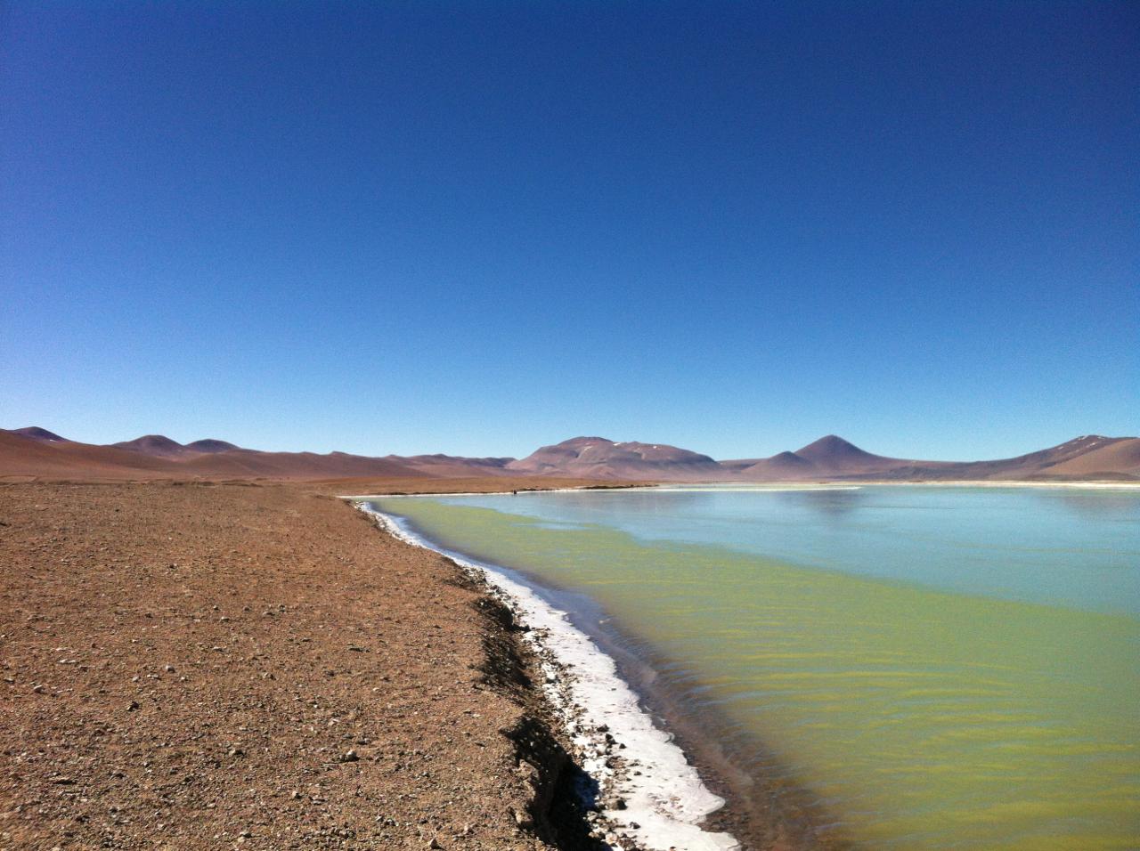 Paisagem linda! E frio... Parte desse lago estava ainda com uma camada de gelo bem fininha