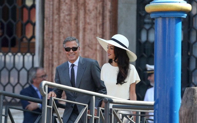 Clooney and Alamuddin tie the knot at Venice city hall