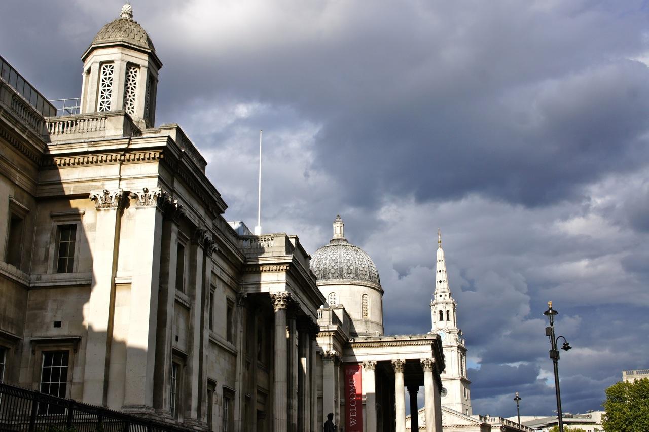 Trafalgar Square onde fomos à Royal Academy.  Um museu que é sempre conferir o que está passando...