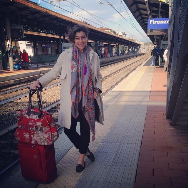 Indo de trem de Florença a Roma.  Leva 1 hora e 20.