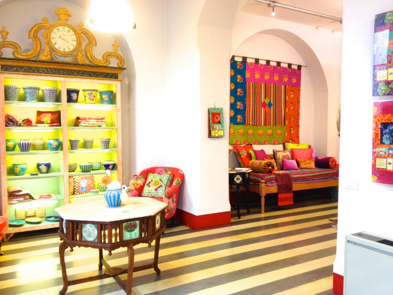 Esta foto é da loja da Lisa Corti em Milão.