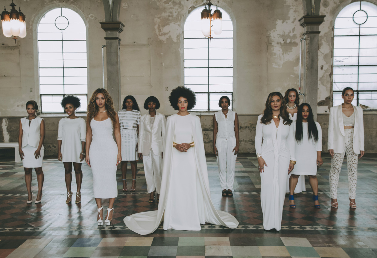 Solange Knowles, irmã de Beyoncé, casa em New Orleans no domingo passado em grande elegância!