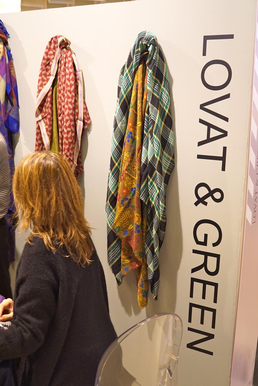 Achei lindos estes lenços da espanhola Lovat & Green