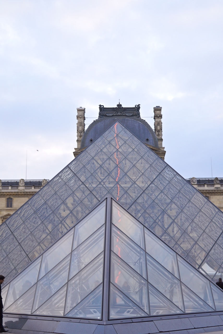As pirâmides do cino-americano I.M.Pei