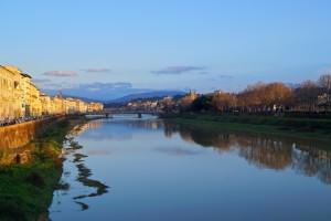 O Rio Arno em Florença...